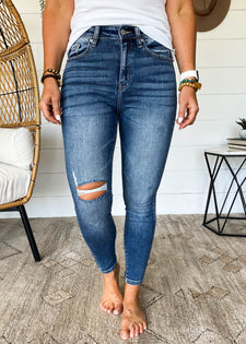 Angela High Rise KanCan Jean