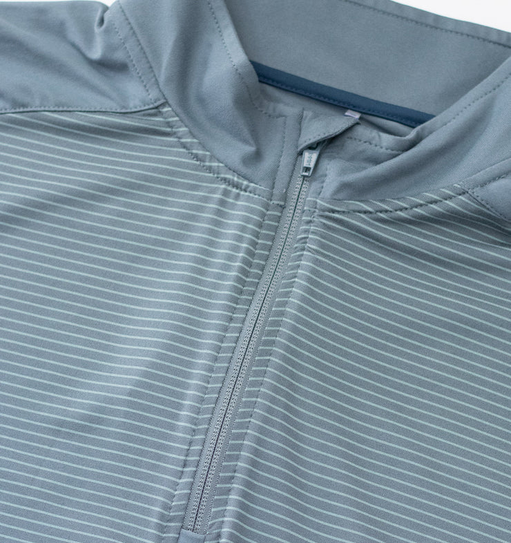 Swannies Wiesen Quarter Zip Stormy Weather - Close Up