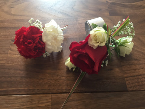 Single Boutonniere at Fleuristic Flowers Gift Shop Guelph