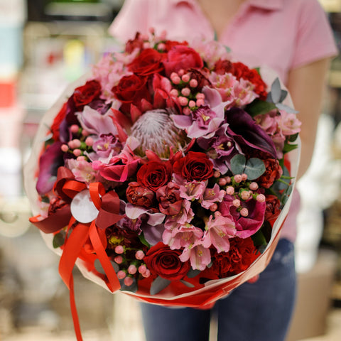 Giant Bouquet Love