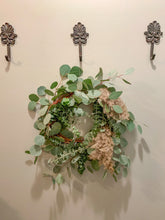 Load image into Gallery viewer, Fresh eucalyptus Wreath