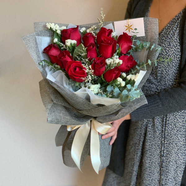 One Dozen Rose Bouquet