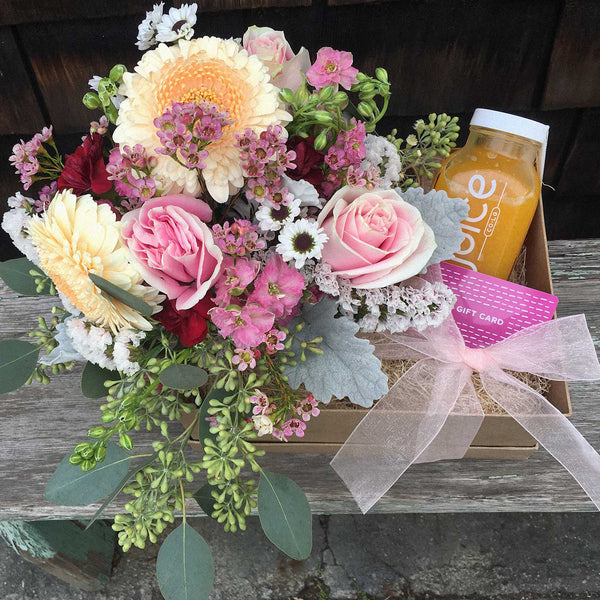 Main Squeeze Gift Box - Floral Arrangement