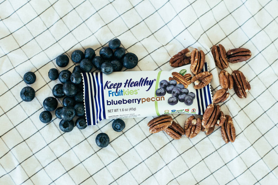 healthy snack bar fruitkies blueberry and pecan