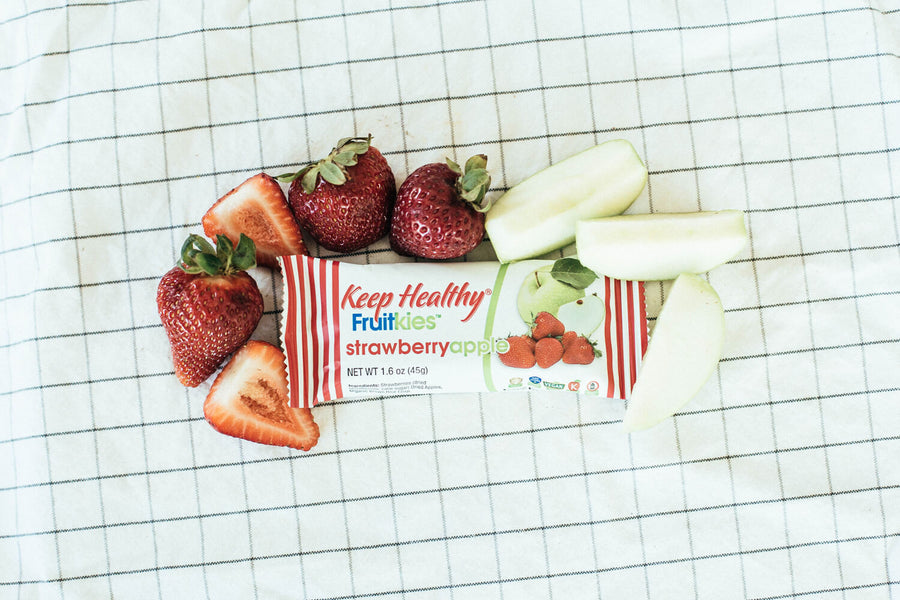 healthy snack bar fruitkies strawberry apple