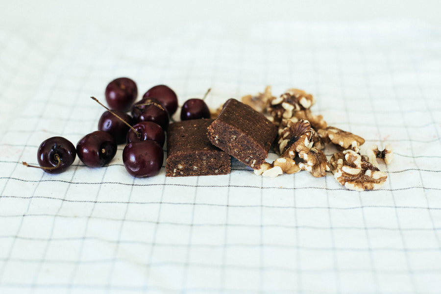 healthy snack bar fruitkies cherry walnut
