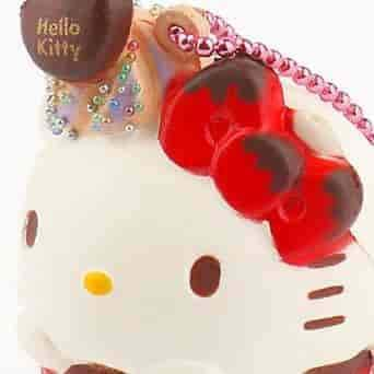 Sanrio Earphone Jack Cell Charm/Accessory (Cupcake) - Hamee.com