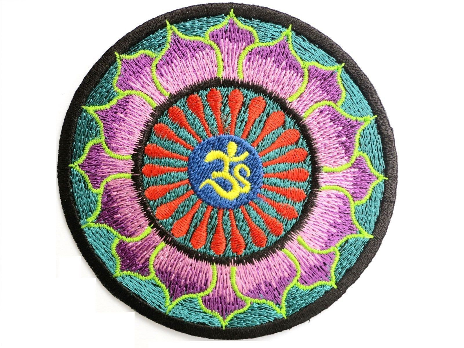 "Hippie Lotus Om Ohm Yoga Iron On Embroidered Patch 3.2""/8.4cm - A Patch E Store"