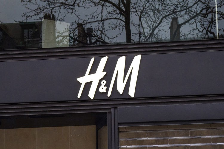H&M Group Dedicates Supply Chain to Producing Protective Equipment for Hospitals