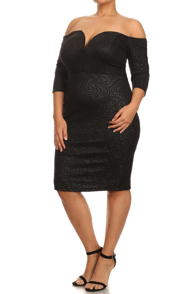 Plus Size Textured Paisley Off Shoulders Dress