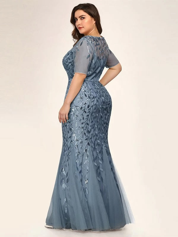 Plus Size Mesh Overlay Sequin Appliques Mermaid Dress