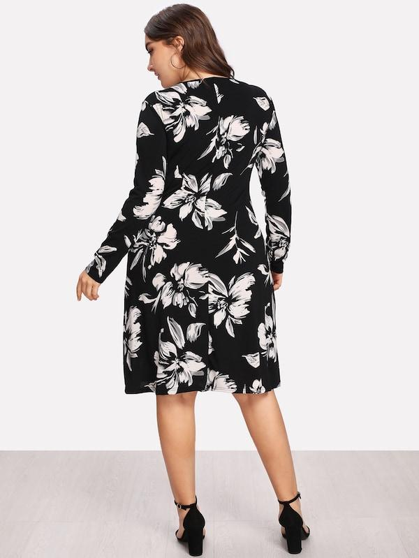 Plus Size Flower Print Form Fitting Dress