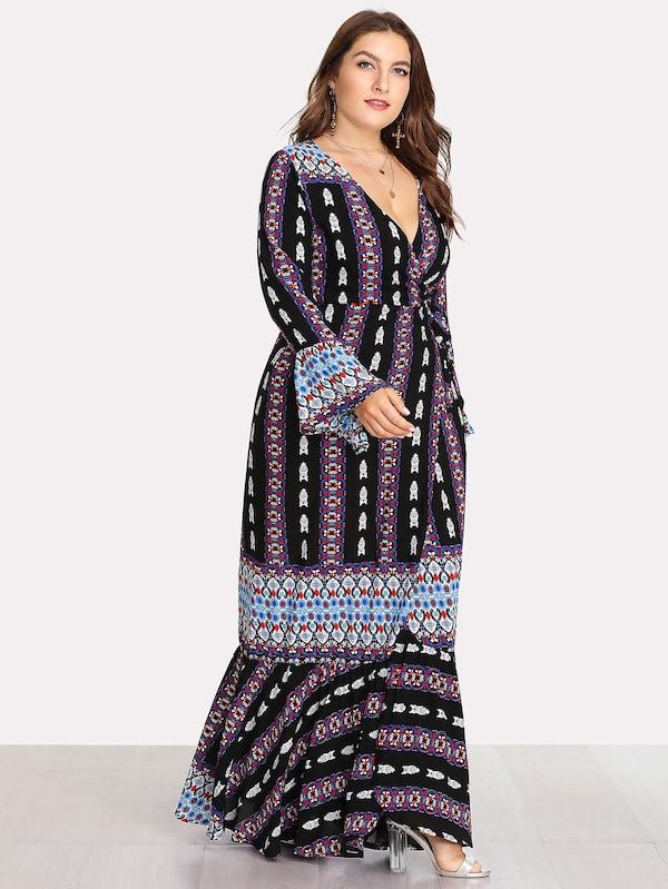 Plus Size Deep V Neckline Fluted Sleeve Geo Print Dress
