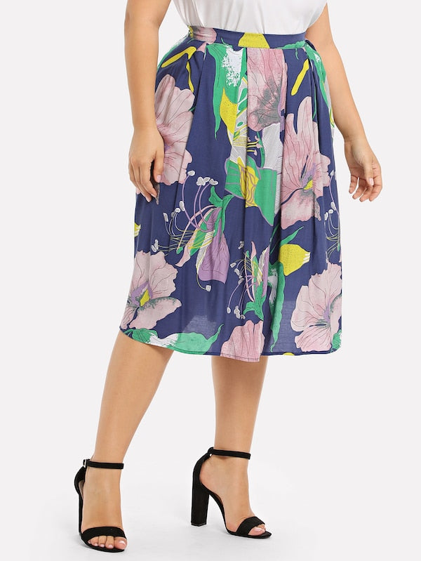 Plus Size Box Pleated Floral Skirt