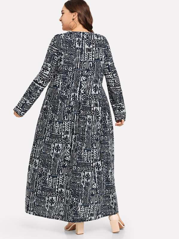 Plus Size Graphic Print Dress