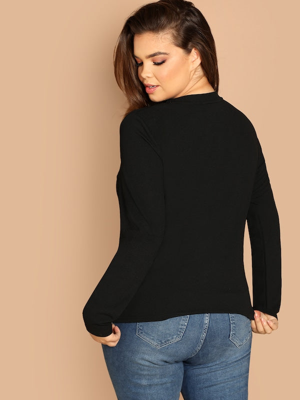 Plus Size Geo Cut Slim Fitted Top