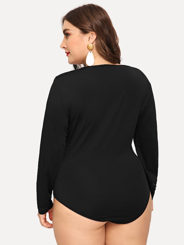 Plus Size Plunging Neck Twist Detail Bodysuit