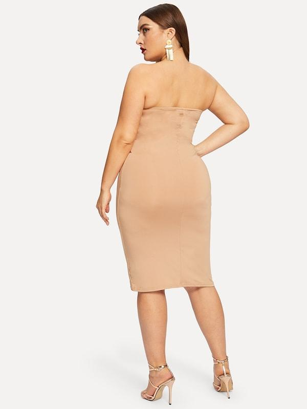 Plus Size Form Fitting Solid Bandeau Dress