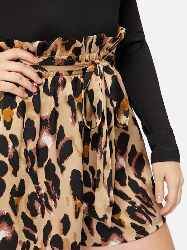 Plus Size Ruffle Waist Belted Leopard Print Shorts