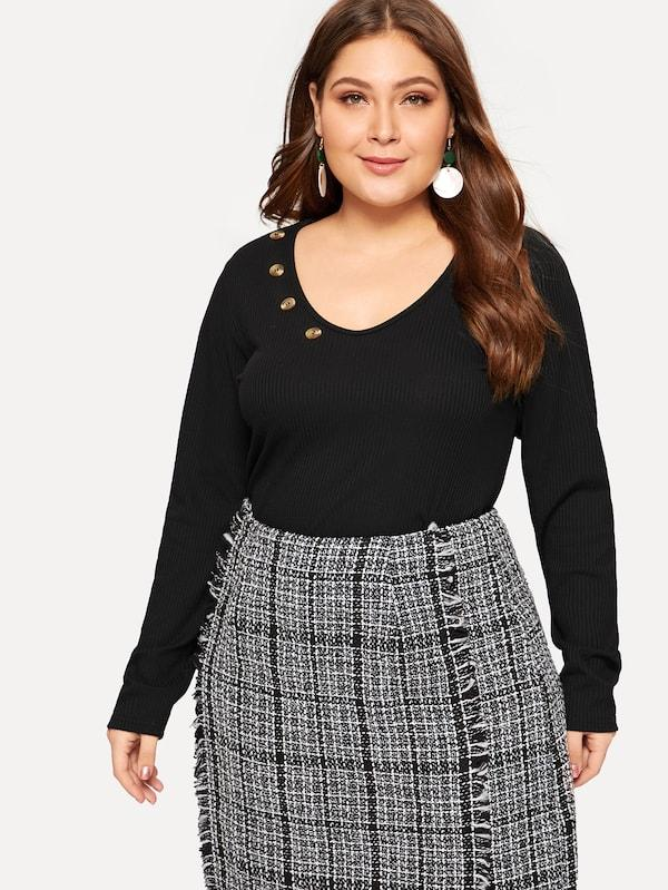 Plus Size Buttoned V-Neck Rib-Knit Tee