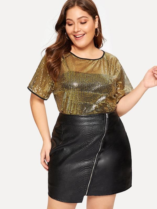 Plus Size Contrast Trim Sequin Panel Tee