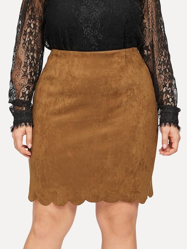 Plus Size Scallop Hem Zip Back Suede Skirt