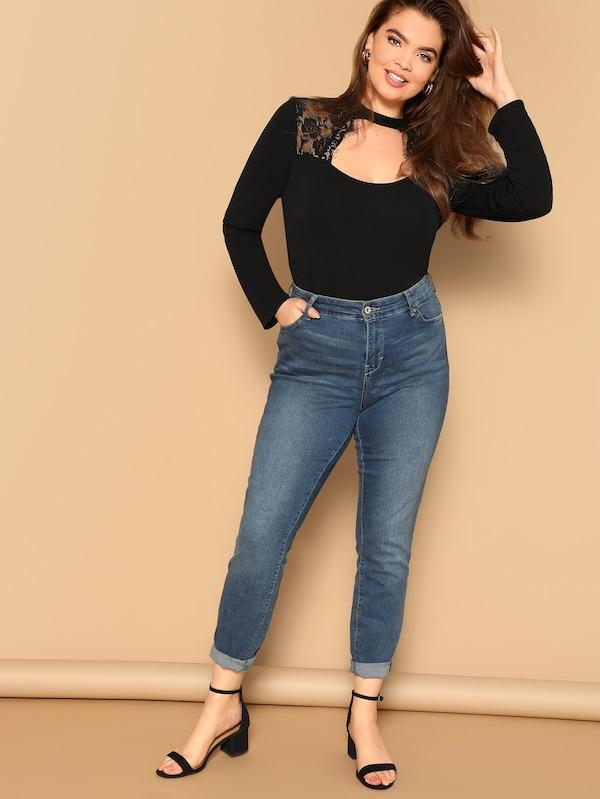 Plus Size Lace Insert Cut-Out Front Form Fitting Tee