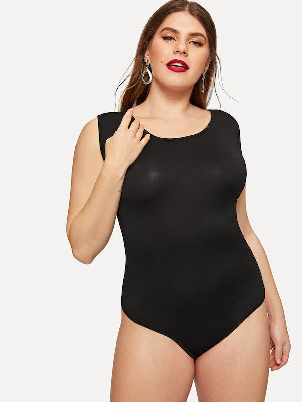 Plus Size Contrast Letter Tape Open Back Bodysuit