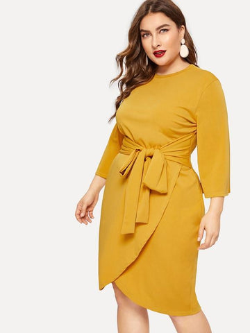 Plus Size Solid Knot Front Dress