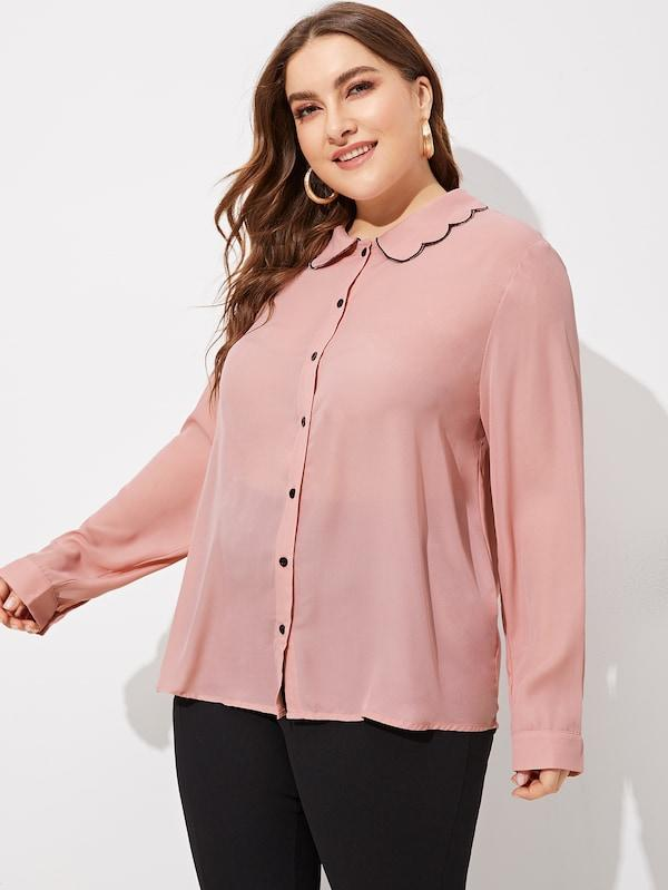 Plus Size Scallop Neck Single Breasted Top