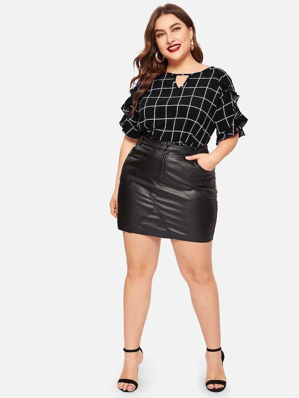 Plus Size Keyhole Back Ruffle Sleeve Grid Top