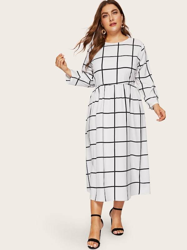 Plus Size Keyhole Back Grid Dress