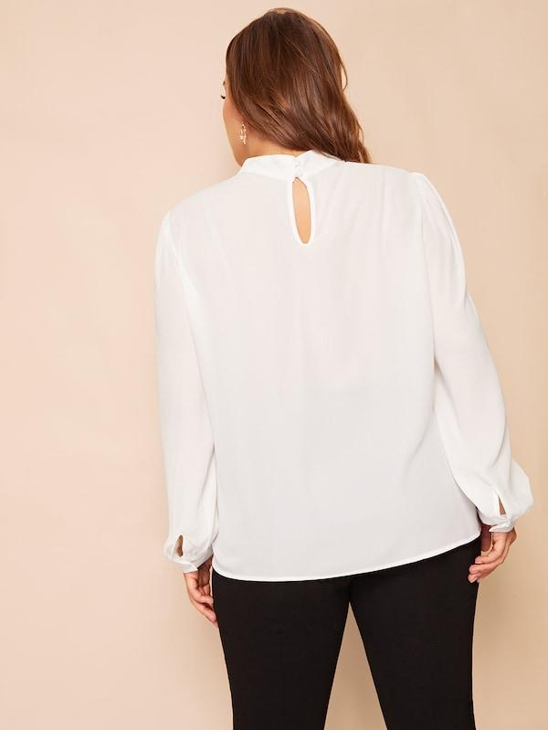 Plus Size Cut Out Front Lantern Sleeve Top