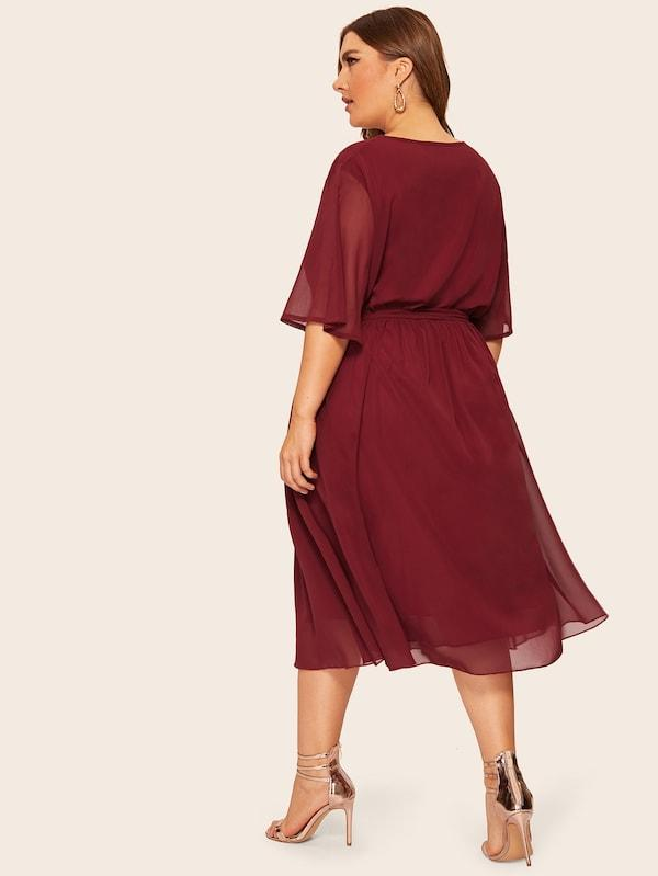 Plus Size Solid Tie Waist Dress