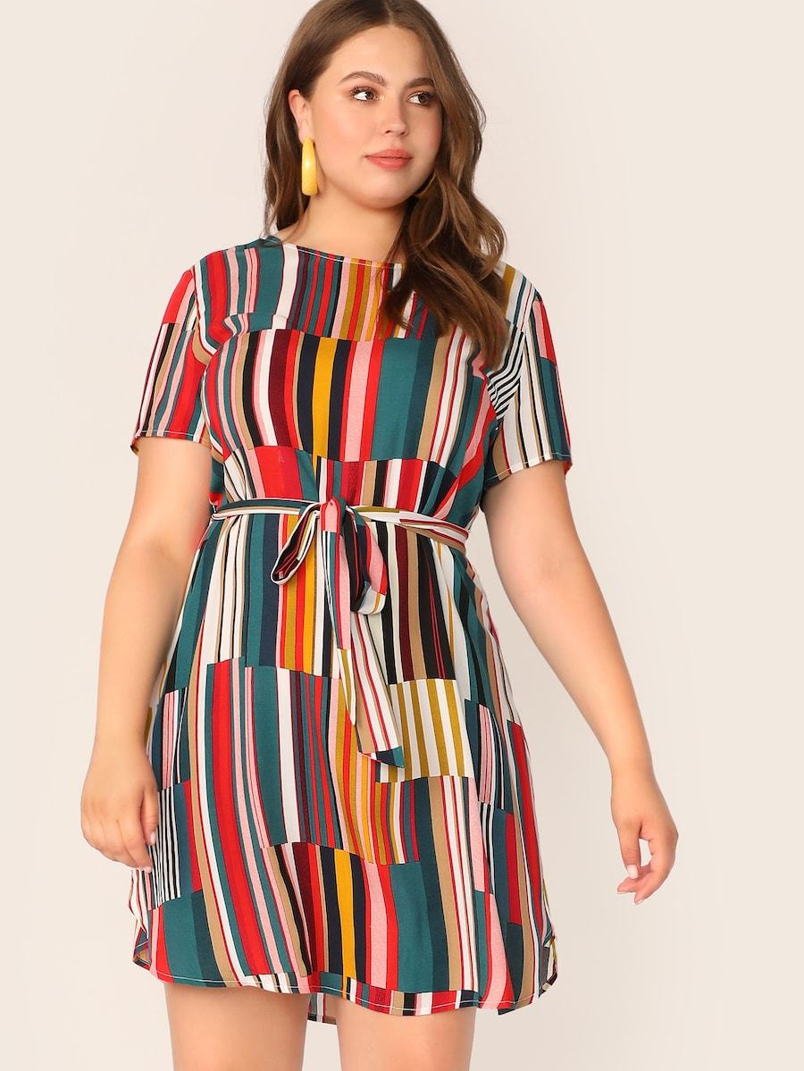 Plus Size Colorblock Belted Curved Hem Dress