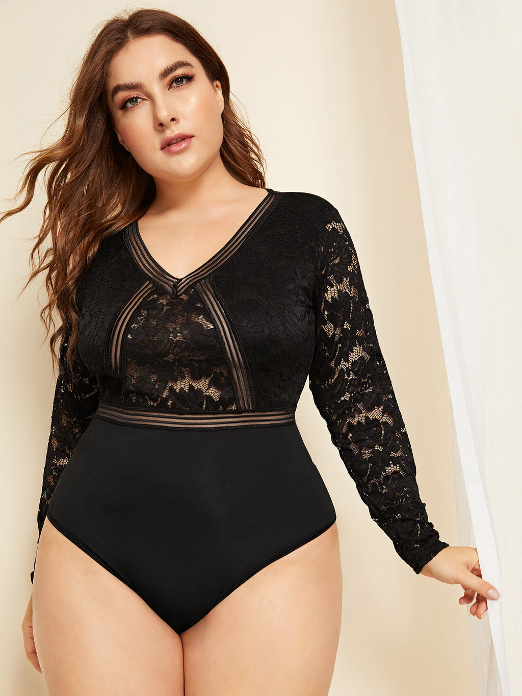 Plus Size Contrast Lace Long Sleeve Bodysuit