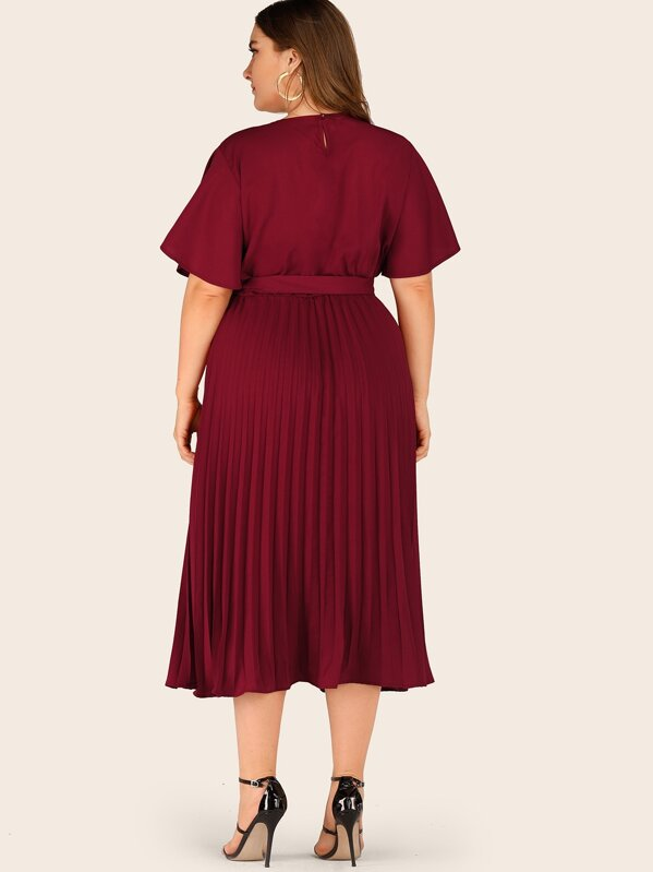 Plus Size Self Tie Butterfly Sleeve Pleated Dress