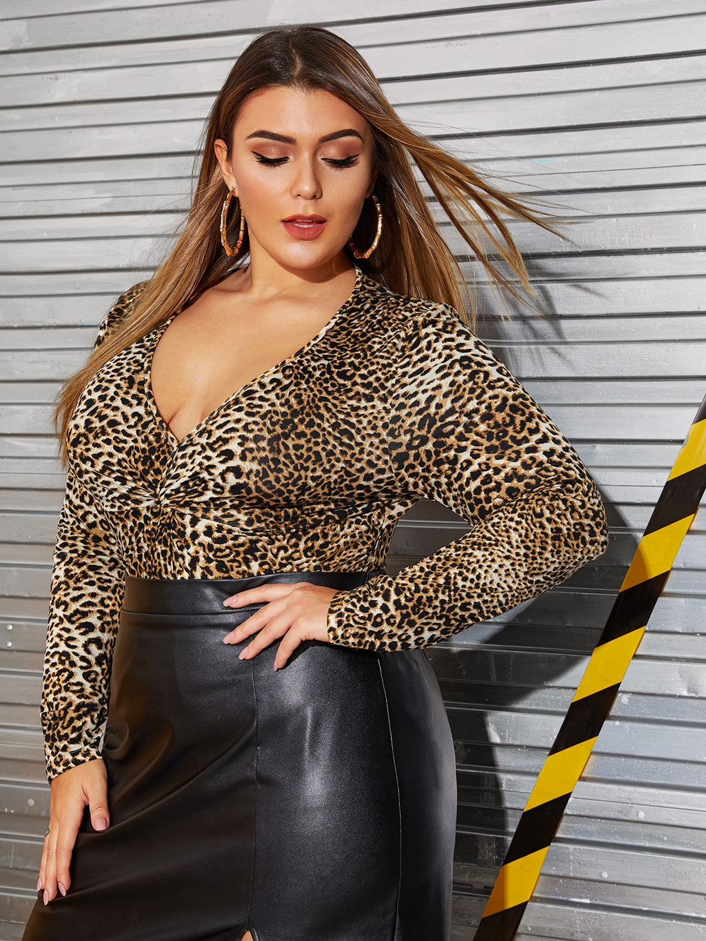 Plus Size Deep V Neck Leopard Print Top