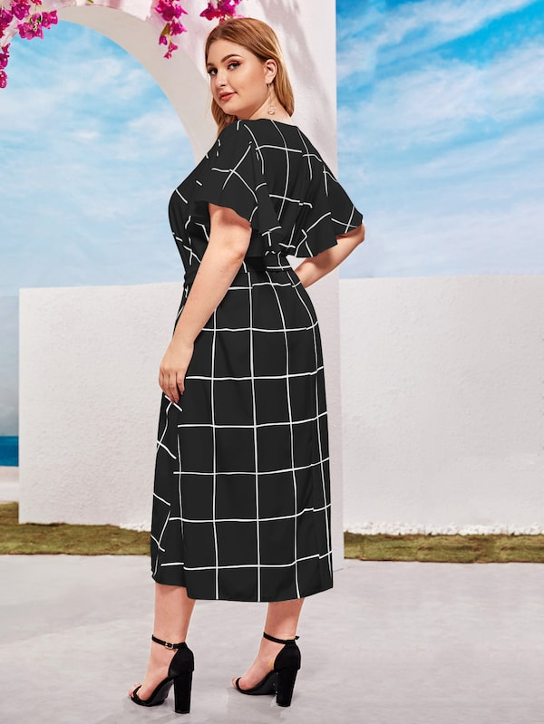 Plus Size Keyhole Front Plaid Self Tie Dress