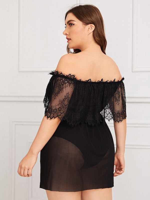 Plus Size Contrast Lace Sheer Mesh Dress