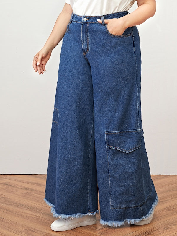 Plus Size Pocket Side Raw Hem Jeans