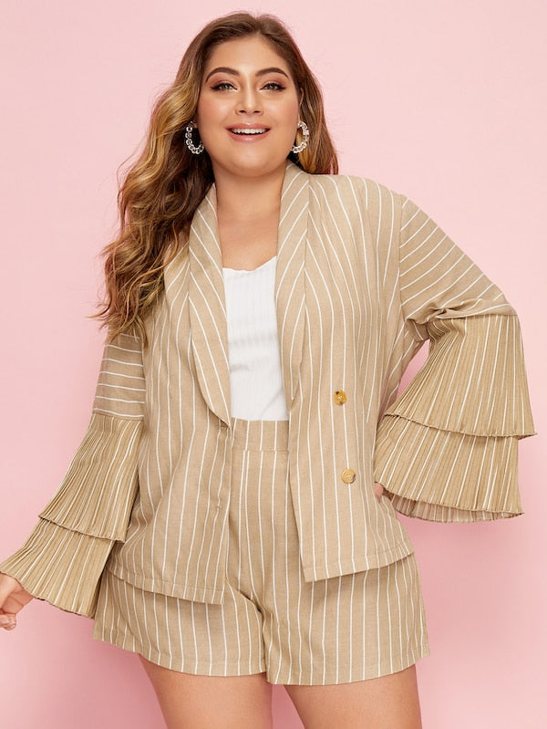 Plus Size Shawl Collar Layered Sleeve Blazer & Shorts Set