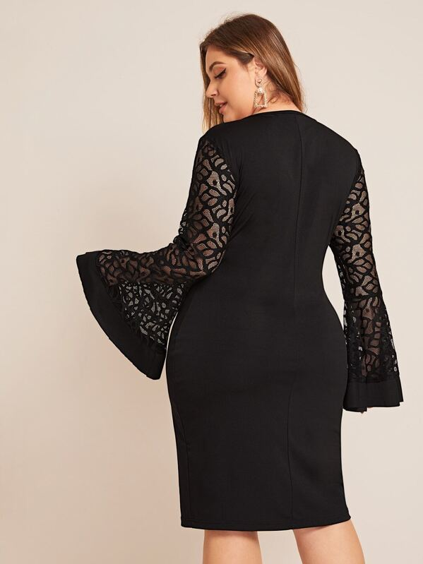 Plus Lace Panel Bell Sleeve Bodycon Dress