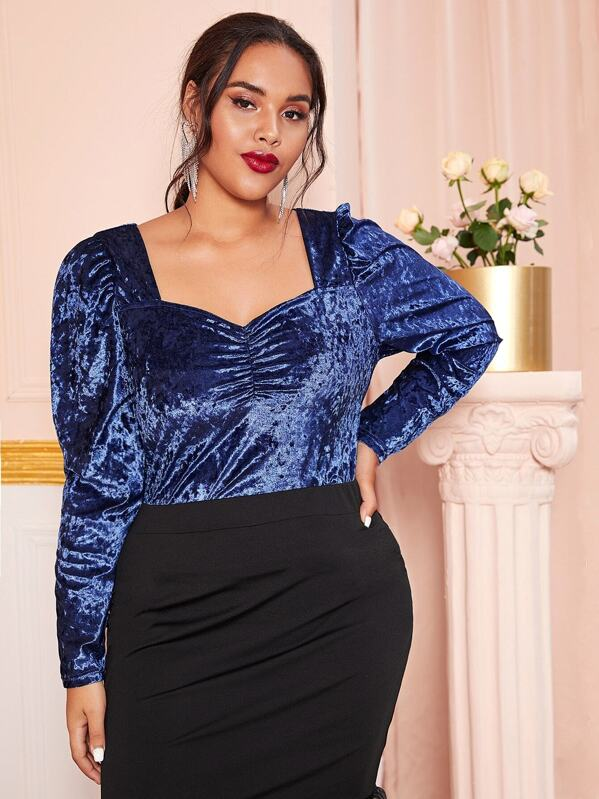 Plus Size Ruched Sweetheart Velvet Top