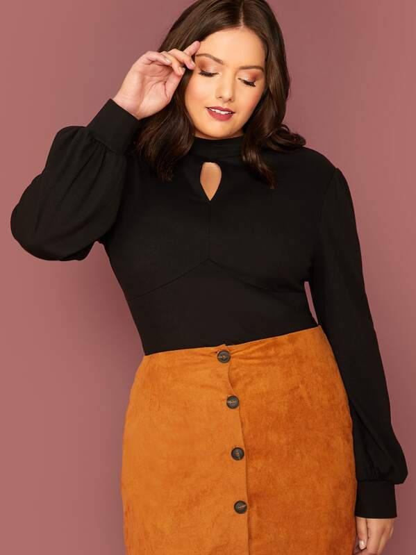 Plus Size Keyhole Front Lantern Sleeve Bustier Top