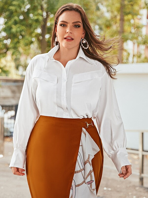 Plus Size Solid Dual Pocket Curved Hem Blouse Top