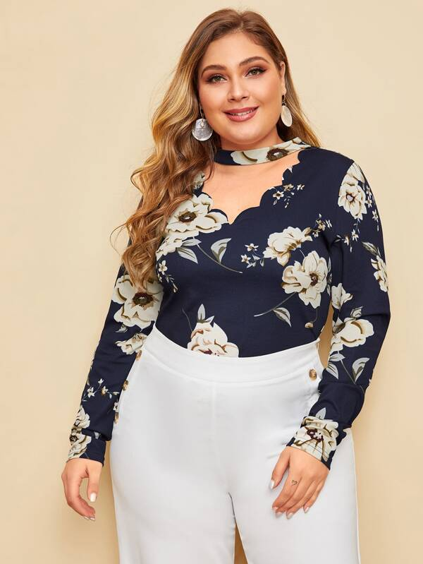 Plus Size Floral Print Scalloped Choker Neck Top