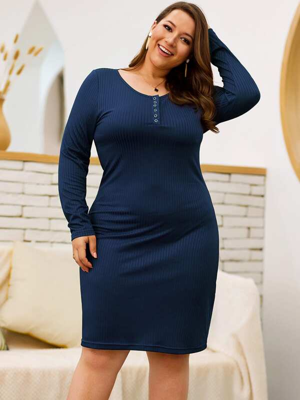 Plus Size Half Placket Solid Bodycon Dress