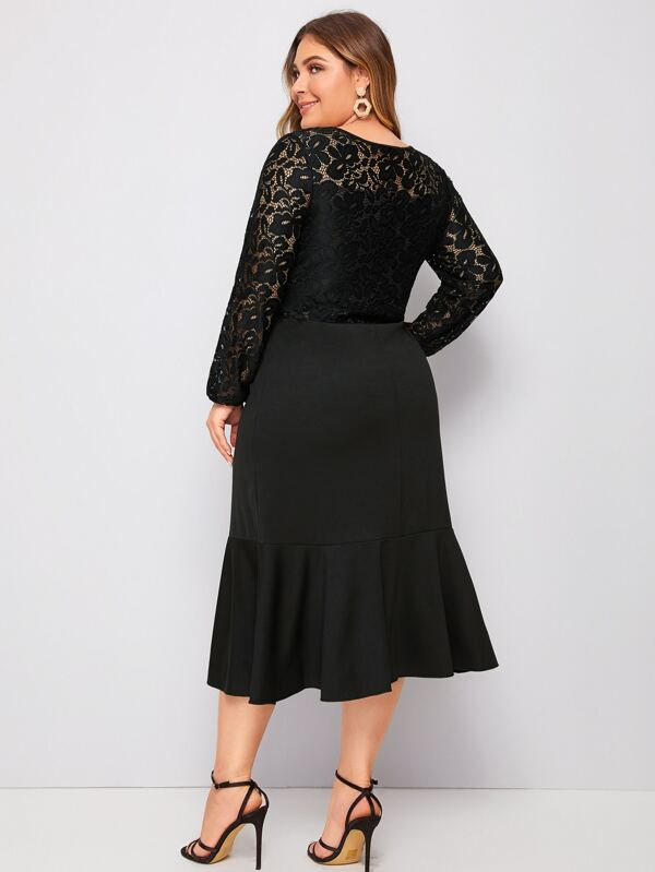 Plus Size Ruffle Hem Sheer Lace Dress Without Belt