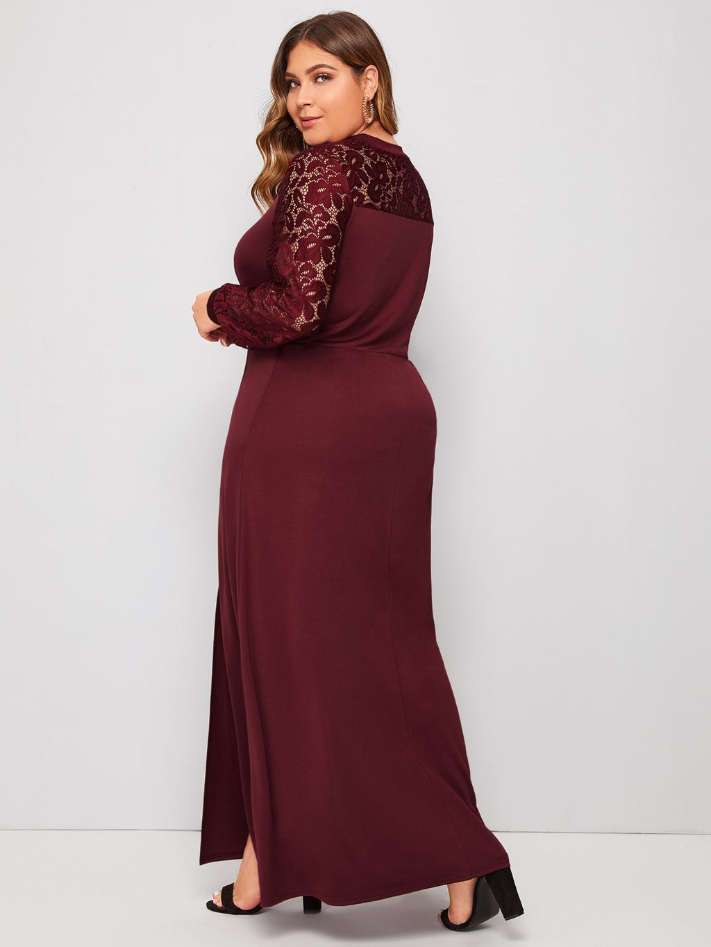 Plus Size Gorgeous Lace Slit Dress Without Belt